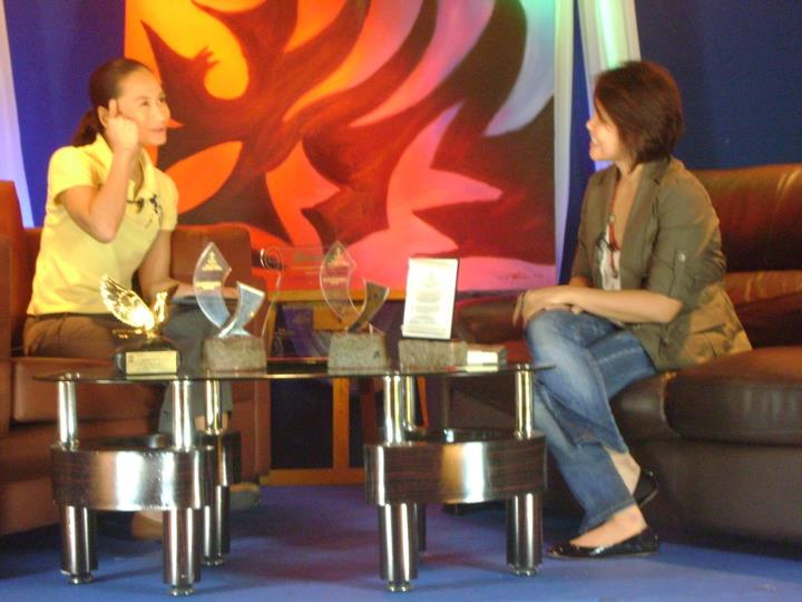 Samantha Sotto, guesting on Lisa Macuja's show Art2Art